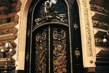 Amazing Doors / by Miles Djilas