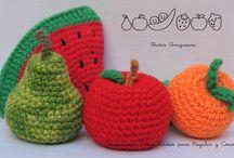 Frutas y Cosas Lindas para Decorar / Para decorar cualquier rincón de tu cocina ... Todo realizado en la Técnica Amigurumi .... Un Encanto... Disfruta