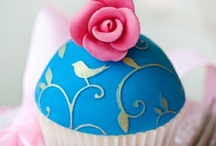 Cakes and cupcakes / by Janet Swiss