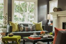 Living room decorating / by Jennifer Callahan Phinney