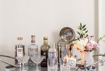 parties // bar cart styling / Styling the perfect bar cart is easy thanks to this easy-to-accomplish inspiration!