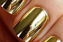 All that glitters / Yellow gold, color fashion, style