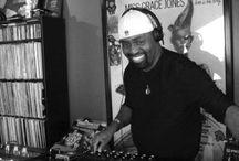 Boolumaster Free Downloads / Free Download DJ Mixes from the Chicago radio veteran Boolumaster