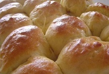 Breads roll's, biscuits and cornbread recipes / by Tammy