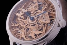 スケルトン時計
