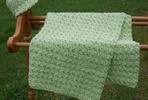 Crochet Baby Blankets / by Julie Chee