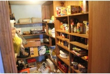 Home Sweet Meal Time / We're lucky enough to have a kitchen, dining room and pantry