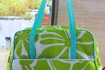 Amy Butler Weekender Bag tutorials and inspiration / by Victoria Mansfield