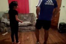 bailando / NIETA APRENDIENDO CON ABUELO