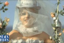 JULIET OF THE SPIRITS / Fellini's dreams and fantasies in Technicolor.