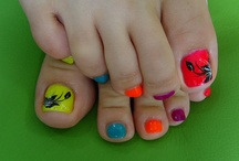 Awesome nails / by Melissa Padgett