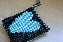 Heart's objects / Portachiavi tessuto ad ago con perline ed imbottito