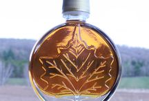 Vermont Maple Wedding Favors / Make your special day unique, beautiful and timeless with our Vermont Maple Syrup favors. Available in a variety of bottles. Our amber gold compliments any color scheme and never goes out of season! So share a taste of pure romance with your guests, sure to be loved by all!