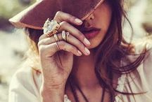 Accessories / Hats and fashion