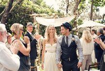Свадебные платья и костюмы