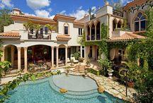 Dream Homes!  / by Kelly Luckenbaugh