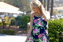 Feminine Florals / Flowers flowers and flowers. Styles that scream spring / by PinkBlush Maternity