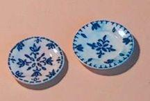miniature plates, crockery etc