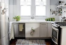 Kitchens / by Nadia Austin