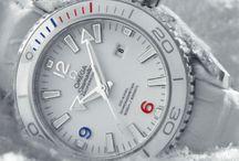 Luxury Watches / Parez vos poignets avec les plus belles montres de luxe ! Laissez ces bijoux raffinés accompagner vos plus beaux moments.