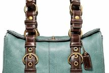 Beautiful bags for all occasions / by Nicole Bowers