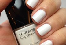 Chanel nail vernis
