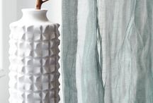 Longi Collection / LONGI furnishes impressive proof of how excitingly different chenille can be. The feel-good classic is distinguished by its particular softness, derived from a well-balanced composition of viscose and cotton.