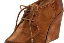 fancy footwear / by Jeannie C