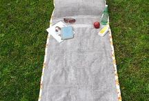 Tutorial for sunbathing towel with pillow that wraps up into a tote. Cute and easy.