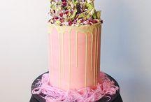 Birthday Cakes / by Anna-Mieke Mulholland