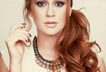 Referências Debutantes / Referência de cabelo e maquiagem para debutantes