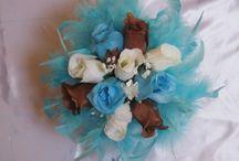 Bouquet demoiselle d'honneur / http://bouquet-de-la-mariee.com/2-bouquet-demoiselle-honneur Bouquets, paniers et autres idées pour demoiselle d'honneur pour un mariage tout en fleurs