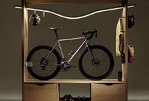 Bikes and coffee / Bikes