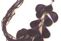 Украшения из кожи (jewelry made of leather, necklace leather,pendant) / Украшения из кожи своими руками,кулоны из кожи,колье из кожи,подвески из кожи,браслеты из кожи