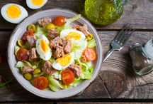Summer Salads with Olive Oil / Join our board to discover the best Salad recipes drizzled with Olive Oils from Spain.