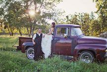 Country Wedding / Wedding ideas / by Kylie Belnap