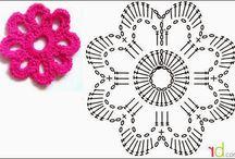 háčkovaný květ