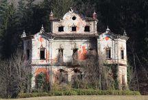 """Ghost & Mistero : Villa de Vecchi , La """"maledetta"""" casa Rossa."""