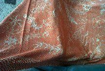 batik tulis sutra / handmade batik dengan bahan sutra dari china 56 kualitas pewarnaan dan pembatikan halus dikerjakan di madura