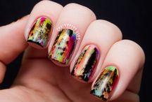 nail art ✌⚡ / by Stephanie Guzman