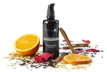 Ami iyök / Ami Iyök es un concepto de cosmética natural y orgánica certificada en la que los activos biológicos combinados con la más alta investigación en dermocosmética dan lugar a productos demostrablemente efectivos.