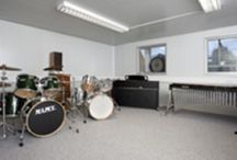 Music Practice Rooms / Sound-isolating Music Practice Rooms - an affordable, flexible solution - without compromising on acoustics