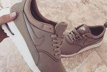 •Nike•