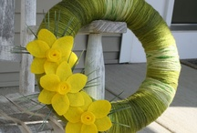 Spring Wreaths / by Katie Dreiling