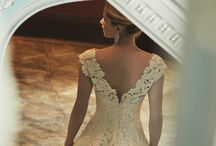 Back Detail Wedding Dresses / The Couture wedding dress designer to see in London for bespoke luxury wedding dresses. A collection of wedding dresses with back details to inspire any new bride to be. www.phillipalepley.com
