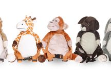 Backpacks with reins / A fun and functional range of cuddly characters, designed to make travelling with little ones easy. Comfort for them and convenience for you.