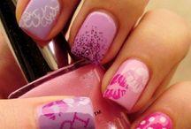 Nails, fabulous nails!