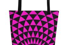 BEACH BAG / A trendy beach bag, where you can put everything that matters when hitting those warm beaches