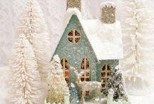 Christmas Putz Houses / Old fashioned Christmas houses