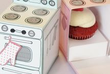 Cupcake Boxes / You have cupcakes, now box 'em!